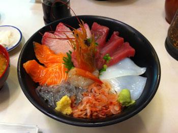 マルテンの海鮮丼 1,500円ぐらい